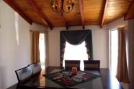 interior-casa-baja-dining